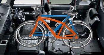 ダイハツ・ウェイクに自転車を積む
